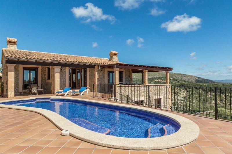 CA'S POBLER, location de vacances à Calas de Majorca