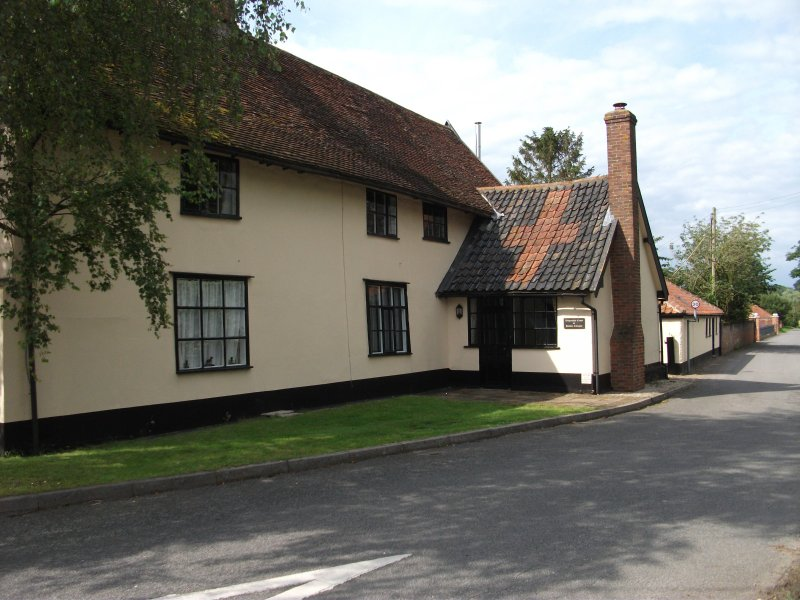Withersdale Cross Holiday Cottages - Golden Cross (sleeps 4), vacation rental in Pulham Market