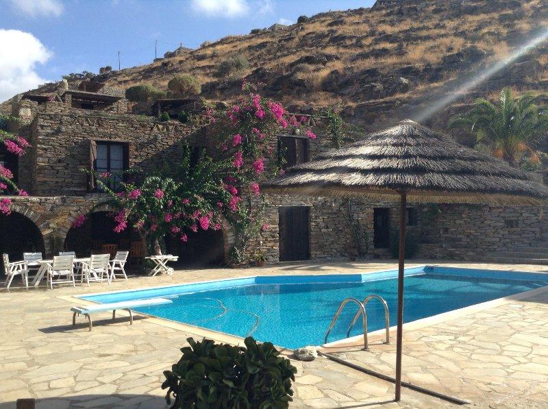 Villa Tereza in Koundouros, holiday rental in Kampi