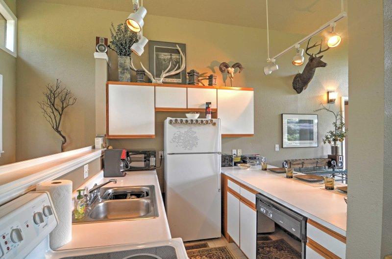 Bereiten Sie alle Ihre Lieblings-Mahlzeiten in der voll ausgestatteten Küche.