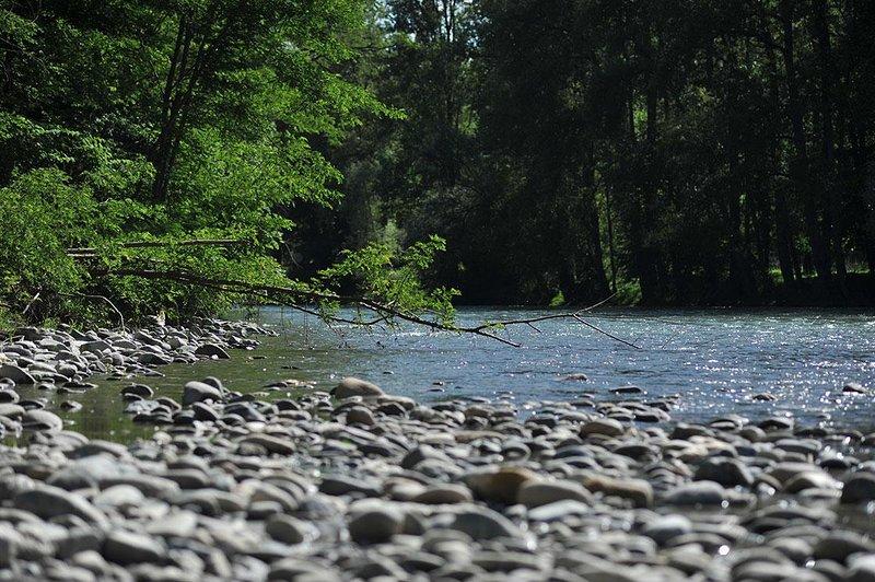 La Garonne The river