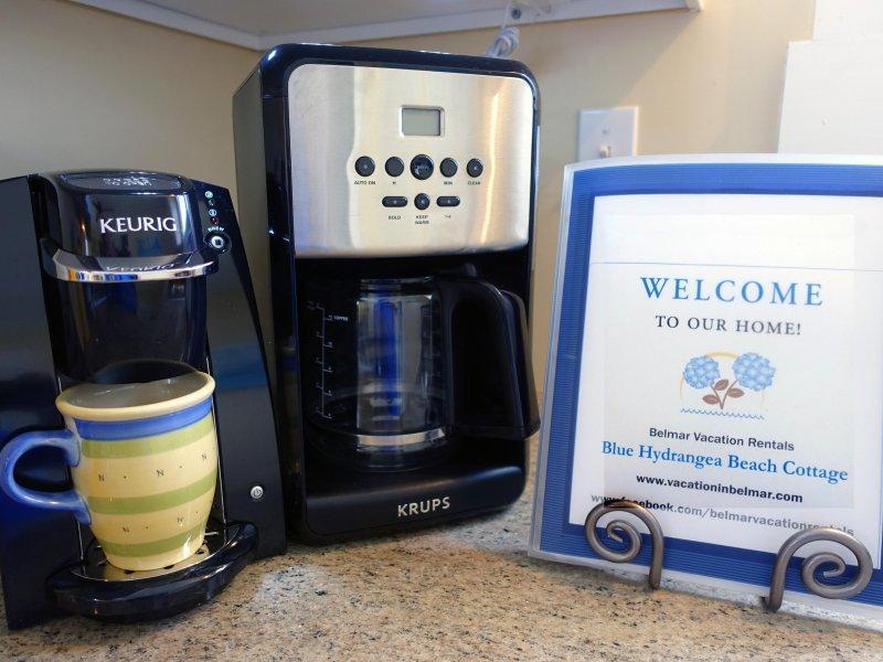 Einige unserer Kaffee Annehmlichkeiten. (TIPP: Zoom in die Abdeckung Gästebuch zu sehen .... wichtige Informationen dort)