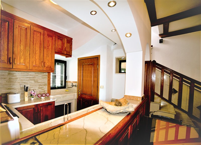 Exclusive & charming house, vacation rental in Selca