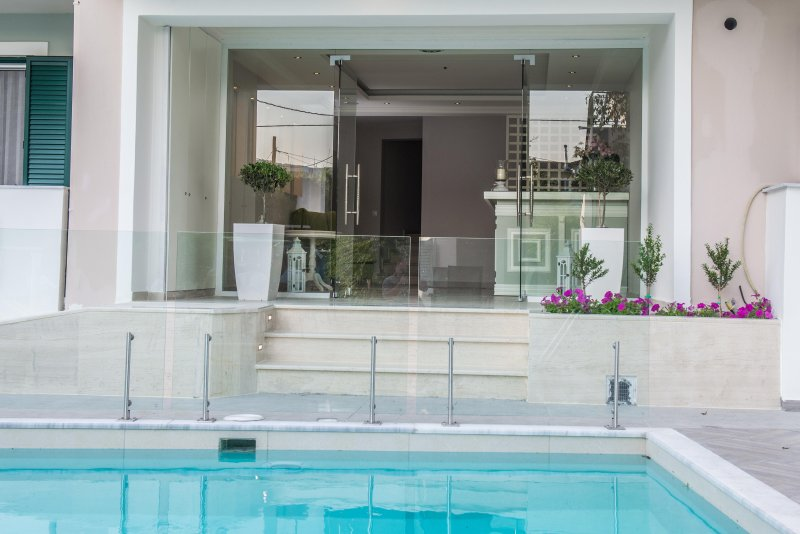 Junior Suite Pool View, aluguéis de temporada em Lefkada Town