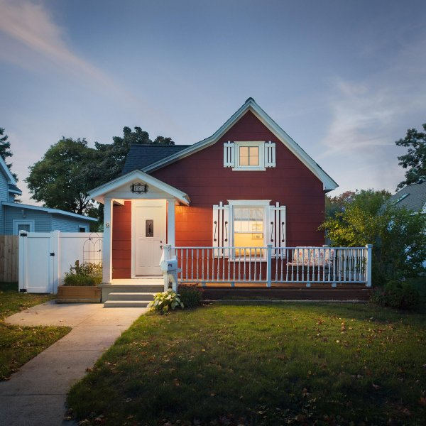 Old Town Cottage In Traverse City Has Internet Access And