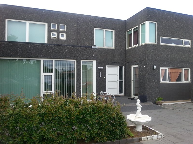 Thorshammer  3  Studo, vacation rental in Seltjarnarnes