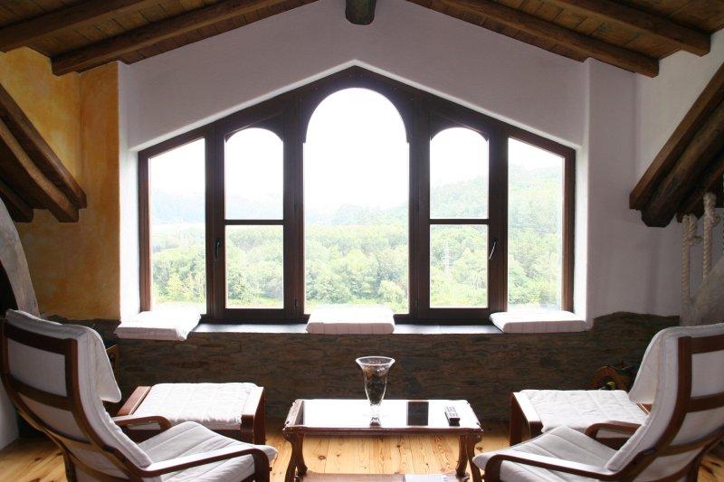 Fantásticas vistas en un ambiente mágico, holiday rental in El Franco Municipality