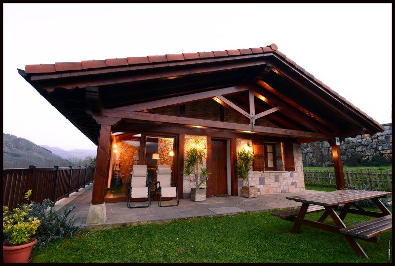 Apartamento rural con encanto en Sunbilla, Angiz I, holiday rental in Navarra