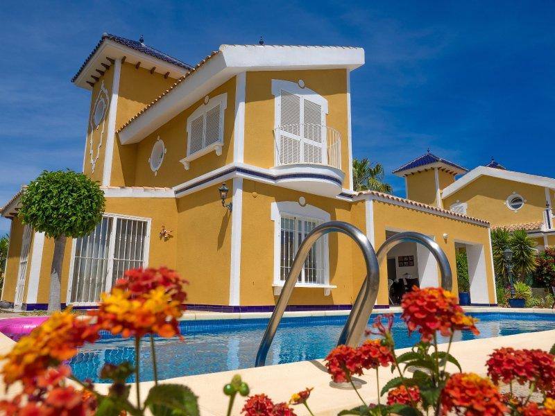 Villa Classico de Lux è una delle più lussuose ville arredate al Mazarron Country