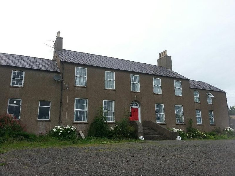 Burleigh House 36 Middle Road Self Catering Apartment, holiday rental in County Antrim