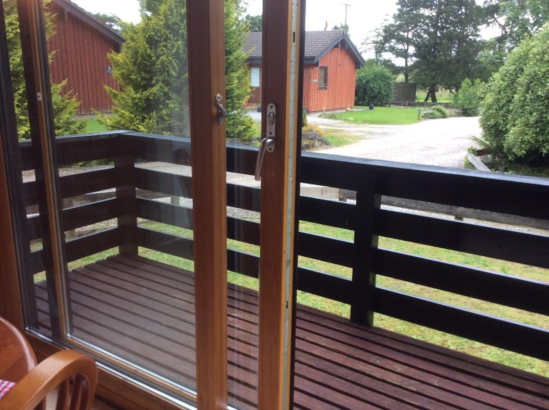Cosy, comfy Holiday Lodge in Tranquil setting, holiday rental in Ivegill