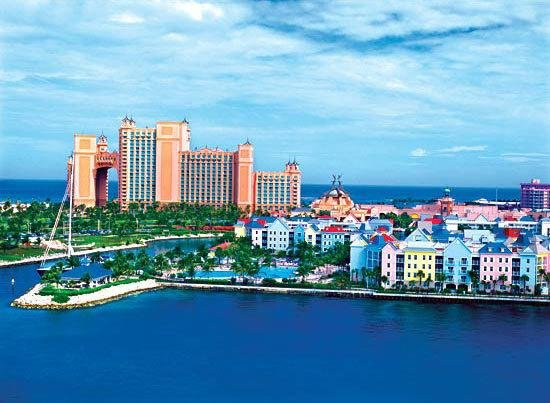 Atlantis - Harborside Resort -3 Bedroom Sleeps 10, holiday rental in Paradise Island
