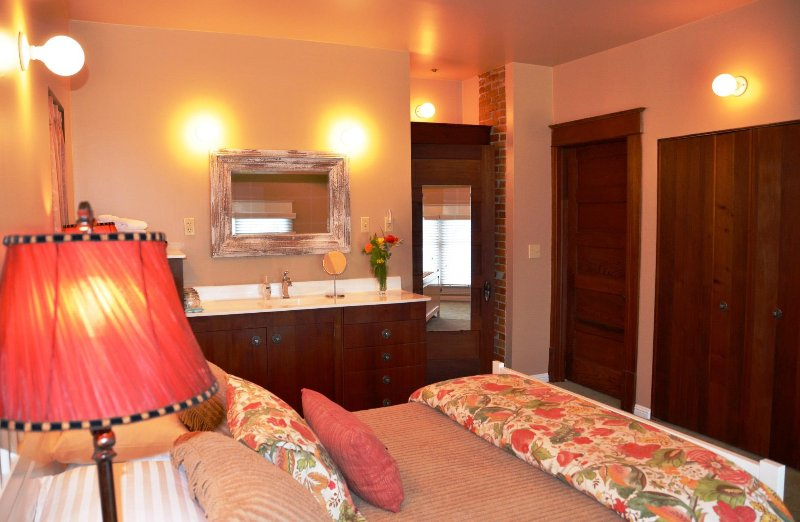 Arcata Stay Gateway Stay 2 BD / 2 BA location vacances reine 2ème chambre
