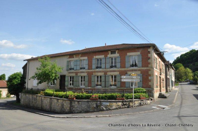 Chambres d'hôtes La Rêverie, holiday rental in Nouart