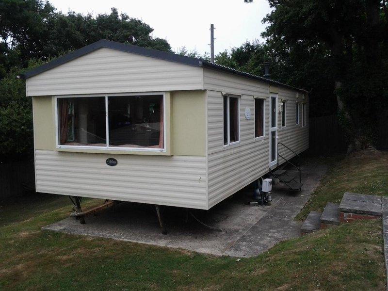 Combe Haven, Hastings, Atlas Mirage Deluxe static caravan 35 x 12, aluguéis de temporada em St Leonards-on-Sea