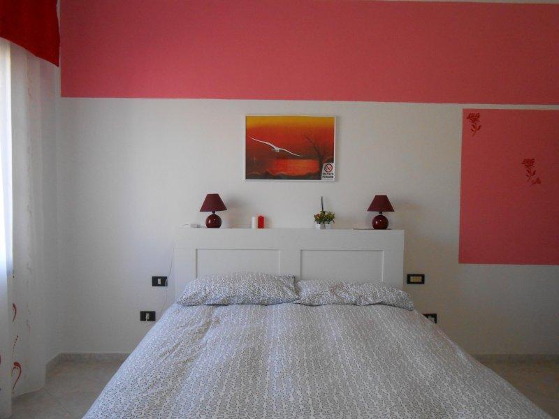 camera rose, Ferienwohnung in Girasole