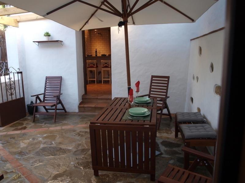 Villa Manuela 2-4 Pax Wifi A/A, holiday rental in Tarifa