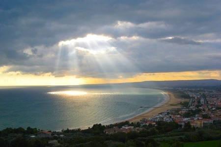 Ufficio Di Fonzo Vasto : Abruzzo vasto center trabocchi coast near the beaches aggiornato