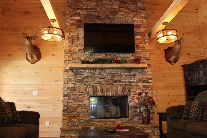 Indoor Pool Heavenly View Hot Tub Fireplace Fire Pit