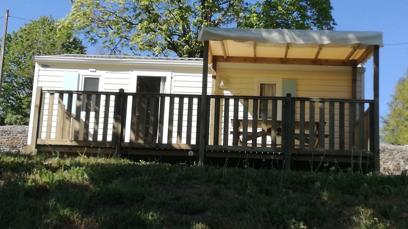 Camping de l'Orangerie location mobile home, holiday rental in Boen-sur-Lignon