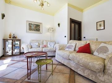 Central Old Town Apartment, holiday rental in Porto Conte