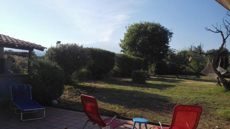 Oliver's Cottage, vacation rental in San Giovanni la Punta