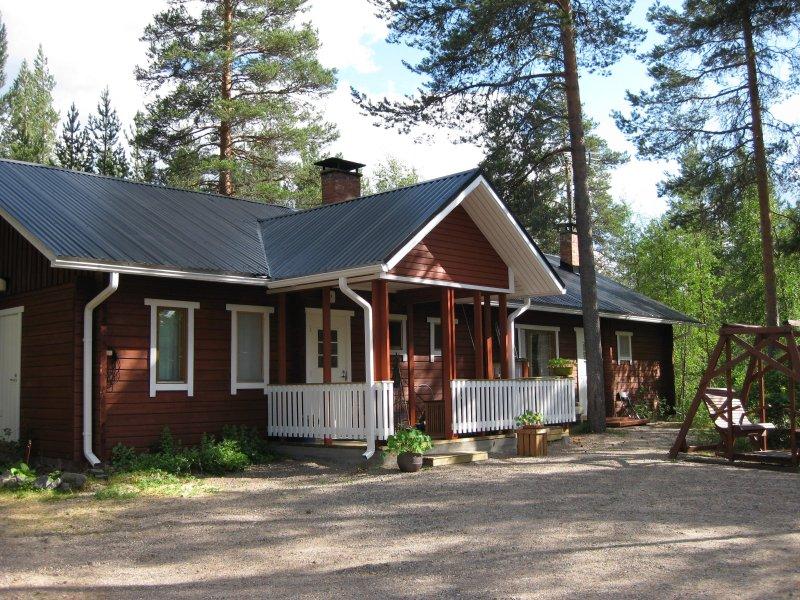 Kakaravaara Pirtti, holiday rental in Ahmas