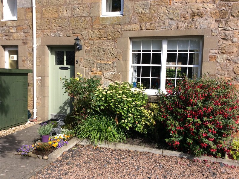 Cosy and charming 2 bed Cottage , Kingsbarns  near St Andrews, location de vacances à St. Andrews