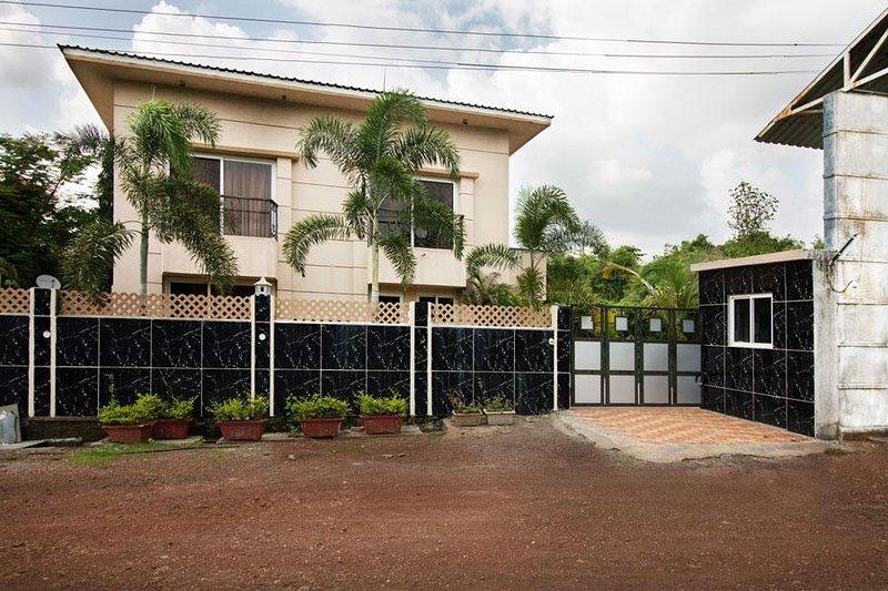 Villa Outdoor