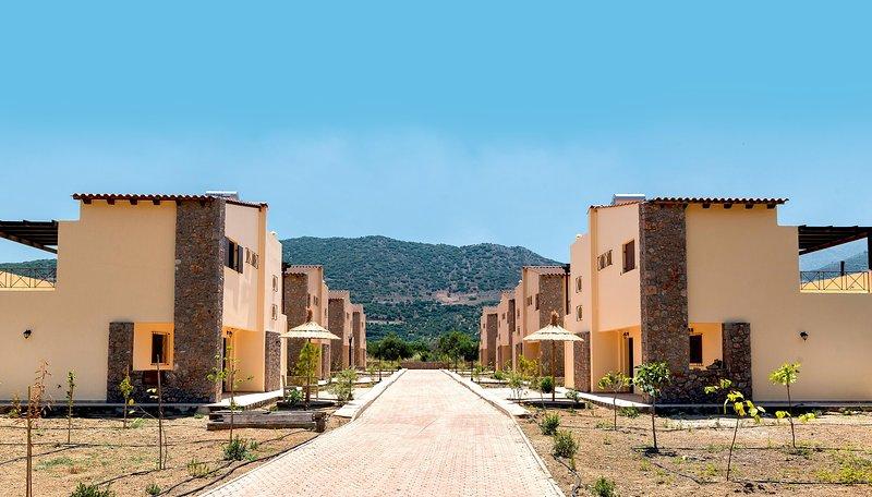 Organic Garden Villas in Traditional Village, casa vacanza a Agios Nikolaos