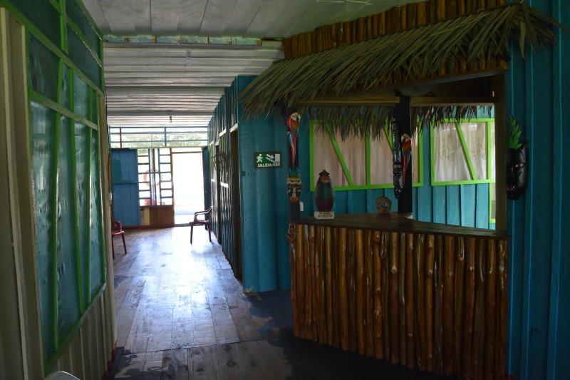 Eware refugio amazónico, holiday rental in Puerto Narino