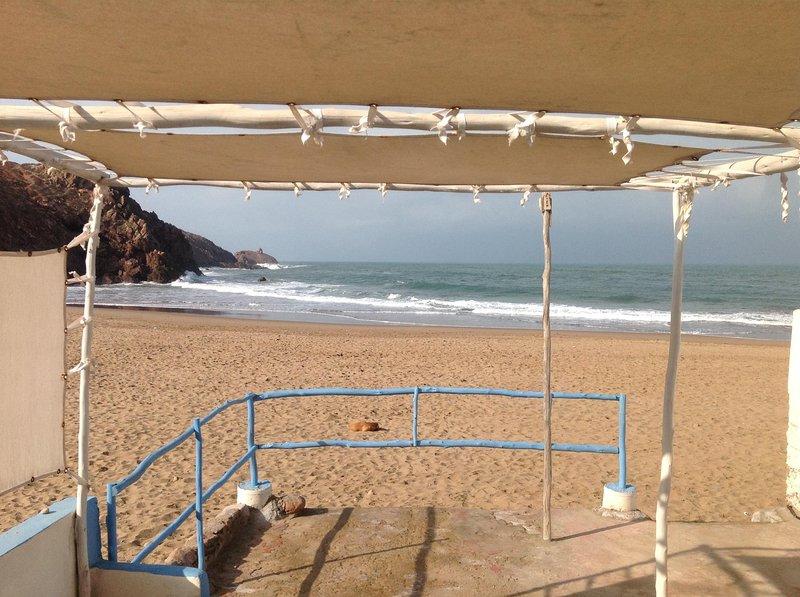 Beach Terrace, geteilt