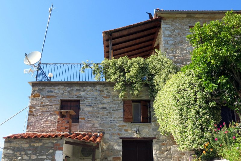 Tsorni Hill Cottage S • Lefokastro, Pelion, holiday rental in Kalamos