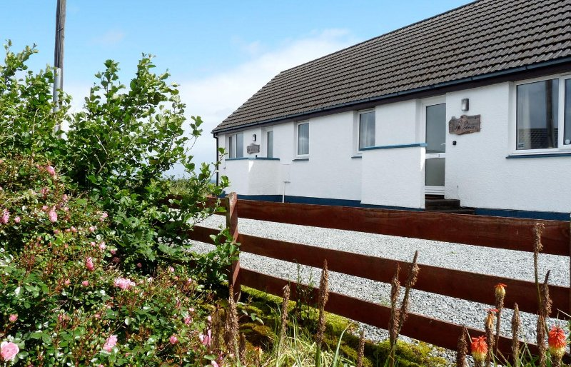 Sorley's House , Staffin, holiday rental in Kilmaluag