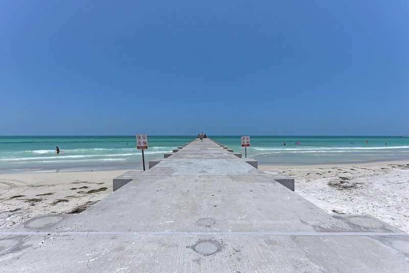 Pier en el frente de playa.