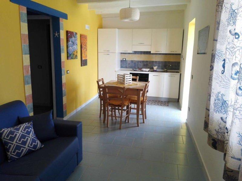 Villa Yellow kitchen