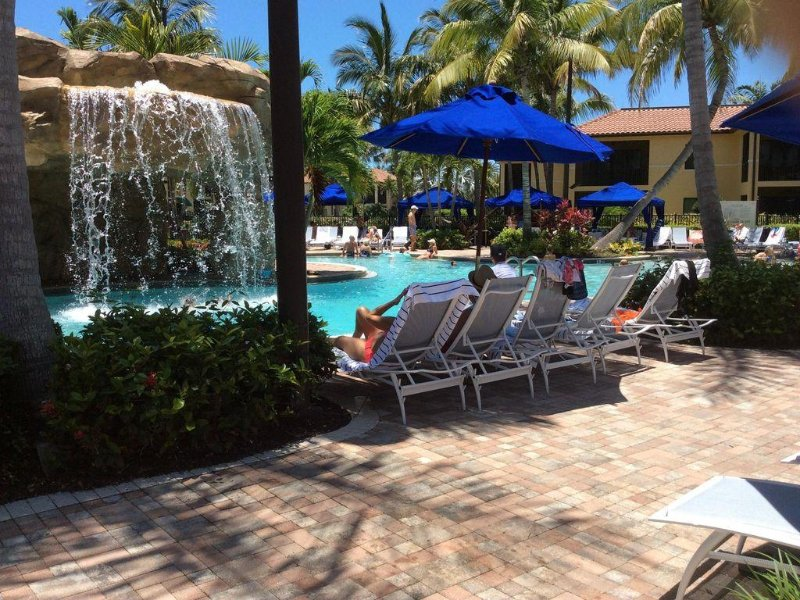 Famous Resort Near Downtown Naples and Famous Beaches ...