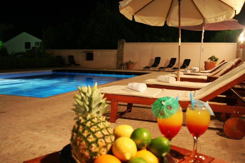 Swimming pool 70 m2