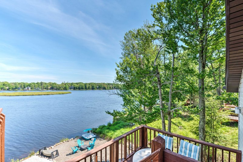 Discover hidden gems of the Poconos from this Tobyhanna vacation rental cottage.