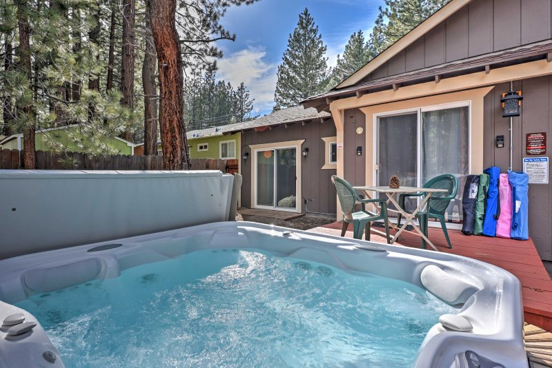 Escape to this 2-bed, 1-bath South Lake Tahoe vacation rental for a fun getaway!