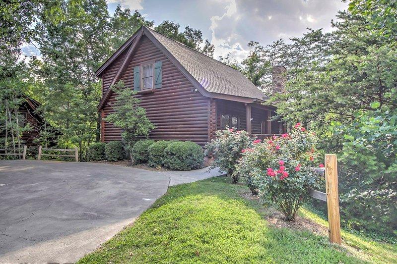 Niché dans les Smoky Mountains, cette propriété offre une vue imprenable.