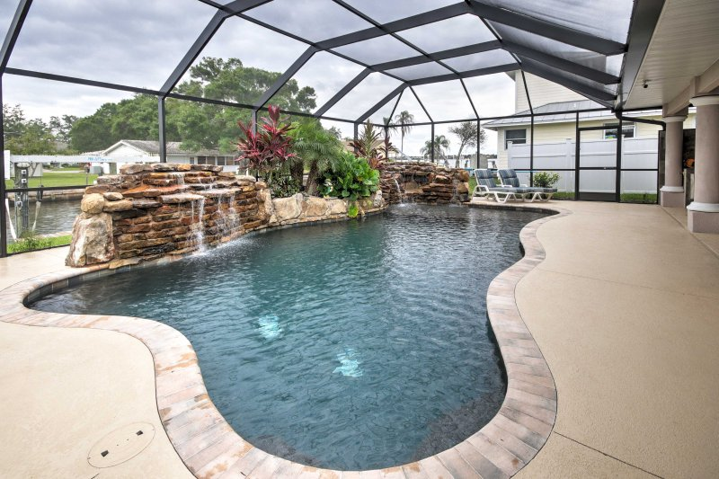 You're sure to have the ultimate Sunshine State escape when you stay at this newly remodeled 3-bedroom, 2.5-bathroom vacation rental house which sleeps 6 in Ellenton.