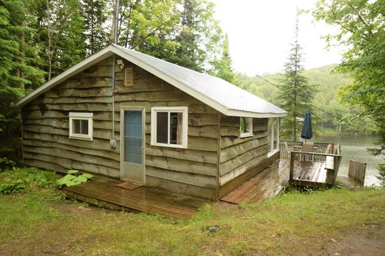 updated 2019 hideaway 2 bedroom lake front cottage holiday rh tripadvisor ca