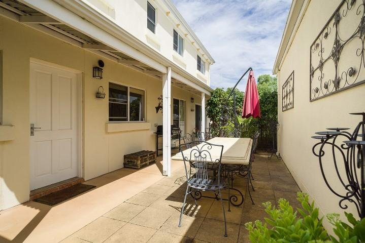 Berkeley Street Townhouse - patio