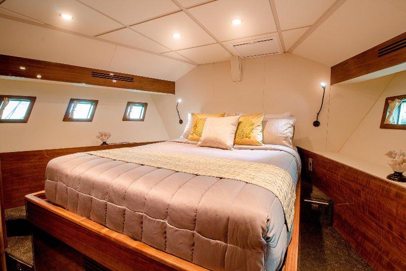 74ft Cabin