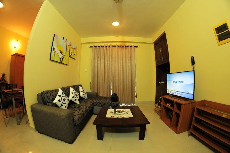 Crystal Apartments, holiday rental in Ratmalana