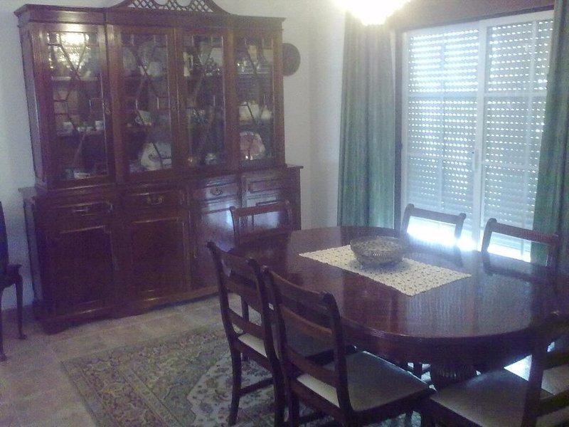Binns Villa, Santiago do Cacem, Alentejo, vacation rental in Sines