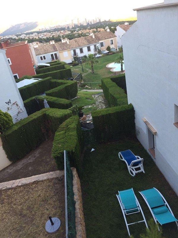Alquiler de casa adosada con piscina benidorm espa a for Alquiler de casas vacacionales con piscina