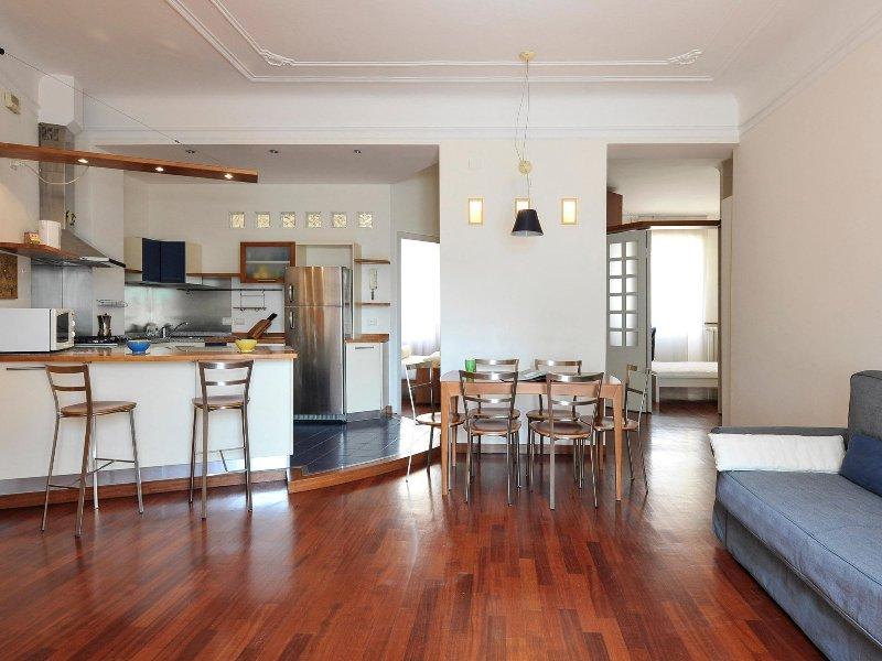 Prestigious 90m2 2bdr apartment near Buonarroti Chalet in Milan