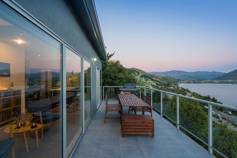 a long lake-facing balcony to enjoy the outdoors and scenery